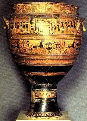Κρατήρας Διπύλου διακοσμημένος με δύο σκηνές εκ των οποίων η κάτω παρουσιάζει πολεμιστές φέροντες τις χαρακτηριστικές ασπίδες (Δίπυλος, 740 B.C). Image may be copyrighted