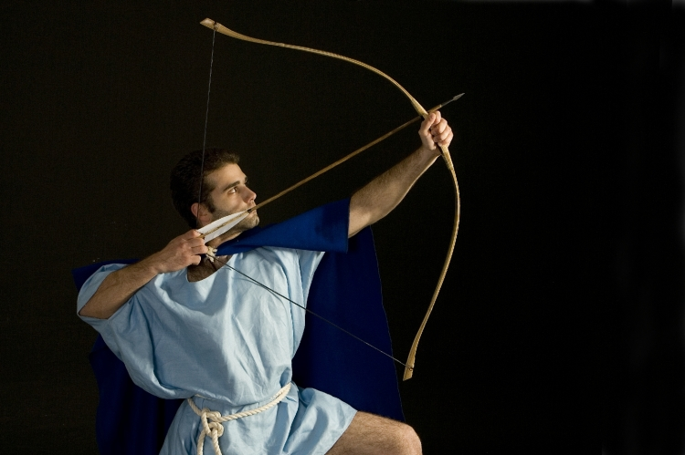 Classical-era Greek Archer. KORYVANTES Association of istory Studies. Grozer Assyrian bow. (Photo: Andreas Smaragdis)